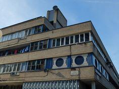 Golborne Road West London, Multi Story Building, Colours, Mansions, House Styles, Blue, Decor, Decoration, Manor Houses