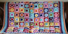 Check out this item in my Etsy shop https://www.etsy.com/uk/listing/245014870/daisy-blanket-granny-squares-crochet