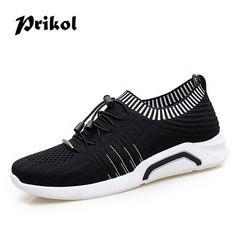 Mens Canvas Shoes, Sneakers, Fashion, Tennis, Moda, Slippers, Fashion Styles, Sneaker, Fashion Illustrations