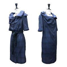 Trésor du mois: «Akira Dress» - AÉTHÉRÉE Akira, Raincoat, Dresses For Work, Jackets, Fashion, Dress Work, Summer, Rain Jacket, Down Jackets