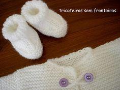 Material:     agulhas retas nºs 5 e 4,5   2 novelos de fio Bambino, Pingouin - usado fio duplo   2 botões   agulha de crochet nº 3,0 ...