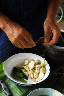 Thai shrimp soup (ingredients) - Recipe in English. Thai Shrimp Soup, Nigel Slater, English Food, Dinner Ideas, Asian, Meat, Recipes, British Food Recipes, Rezepte