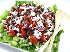 A Great, Skinny Greek Salad!  Americans love Greek Salad…This skinny salad has the same great taste sensations but much lighter. The skinny on this tasty main course salad is 194 calories, 11 grams of fat and 5 Weight Watchers Points Plus