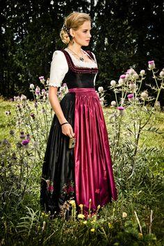 Die 50 besten Bilder von Lena Hoschek   Suits, Dirndl dress und ... 32bfc49aa6