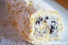 Swissrull marengs med Oreokrem | Det søte liv Let Them Eat Cake, Oreo, Banana Bread, Food And Drink, Ice Cream, Sweets, Cheese, Baking, Ethnic Recipes