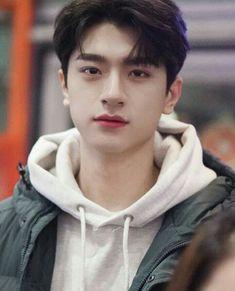 Korean Boys Ulzzang, Korean Men, Cute White Boys, Cute Boys, Drama Korea, Korean Drama, F4 Boys Over Flowers, Happy Girl Quotes, Chinese Man