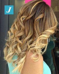 Happy week end in Degradé Joelle! #cdj #degradejoelle #tagliopuntearia #degradé #igers #musthave #hair #hairstyle #haircolour #longhair #ootd #hairfashion #madeinitaly #wellastudionyc #workhairstudiovittorio&tiziana #roma #eur