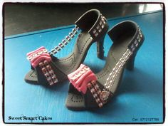 Bling edible heel shoes @ R65 per pair. For more info & orders, email SweetArtBfn@gmail.com or call 0712127786, WhatsApp 0646446495 R65, Fondant Figures, Edible Cake, Cupcake Toppers, Cake Decorating, Shoes Heels, Bling, Pairs, Products