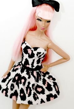 I love this Barbie and her dress!