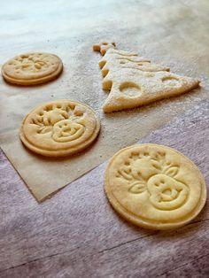 Citromos linzer keksz Mester süteménylisztből - Sütemények - Gluténmentes övezet - blog Cookies, Desserts, Blog, Crack Crackers, Tailgate Desserts, Deserts, Cookie Recipes, Postres, Dessert