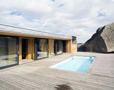Contemporary summerhouse in Norway with diverse views of the landscape