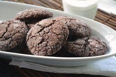 Chocolate Gingerbread Crackle Cookies