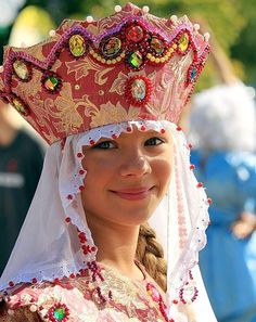 """A little Russian girl in a traditional costume and in a headdress """"Kokoshnik"""". We Are The World, People Around The World, Around The Worlds, Beautiful World, Beautiful People, Costume Ethnique, Costumes Around The World, Beauty Around The World, Russian Fashion"""