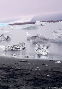 Jökulsárlón Glacier Lagoon | Amazing Scenes From Iceland Your Eyes Won't Want To Believe | Its All Bee  Photo by Bianca Malata