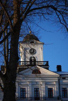 Town Hall in Kristiinankaupunki, a smalltown on the western coast of Finland. Western Coast, Town Hall, Archipelago, Homeland, Finland, Big Ben, Countryside, Urban, Pearls