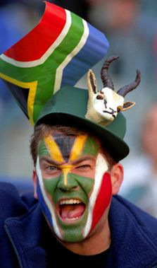 South African Rugby fan, with little springbok on the hat. The South African national rugby team is called: 'The Springboks' South Africa Rugby, African Love, Out Of Africa, Thinking Day, Thing 1, African Culture, My Land, Countries Of The World, Cape Town