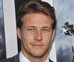 Luke Bracey photos, pictures, stills, images, wallpapers, gallery ...