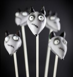 Frankenweenie cake pops for Halloween. Awesome!