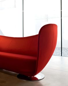 Colección de sofás y butacas modelo Mon Coeur de La Cividina diseñado Peter Harvey pensado para zonas de espera ,areas lounge. Mobiliario de diseño para oficinas, contract o hogar . (Espacio Aretha agente exclusivo para España).