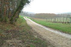 Le chemins en castine font la spécificité du Tour du Lot et Garonne - © Tour du Lot-et-Garonne   Toute reproduction, même partielle, sans autorisation, est strictement interdite. Deuxième manche de la Coupe de France, le Tour du Lot-et-Garonne propose...