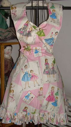 Retro 50's Style ruffled diner bib apron Vintage McCalls by SusyBs, $19.95