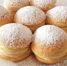 Sayfamızda Mini Alman Pastası Tarifi nedir, Mini Alman Pastası Tarifi nasıl yapılır bulabilirsiniz. German Cakes Recipes, Bread Recipes, Cake Recipes, Dessert Recipes, Desserts, Food Picks, Food Articles, Cake Cookies, I Foods