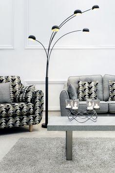 sanna on sofa poses 12 4 hus noorderpad de u2022 rh 12 4 hus noorderpad de