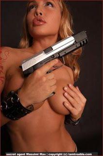 My Gun Diary: (sort of) Weekly Girls with Guns Bikini Babes, Bikini Girls, Danger Girl, Girly Pictures, Pretty Woman, Beautiful Women, Nude, Sexy, Beauty