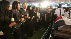 Sepultan los restos del alcalde de SDE, Juan de los Santos; DM asiste a sepelio