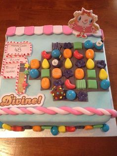 * Candy Crush Birthday Cake :) yessss, I found your bday cake! Haha Gonna make this for my sis! Candy Crush Cakes, Candy Crush Saga, Cupcakes, Cupcake Cookies, Top Candy, Online Cake Delivery, Occasion Cakes, Piece Of Cakes, Fancy Cakes