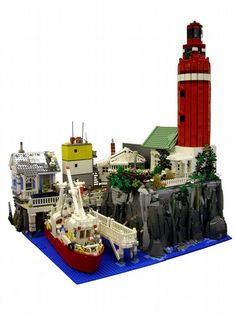 Red Lighthouse: A LEGO® creation by Hrvoje Majetich : MOCpages.com