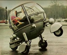 the machine is called Automodule and was designed by Jean Pierre Ponthieu in 1960's