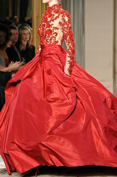 RED MARCHESA