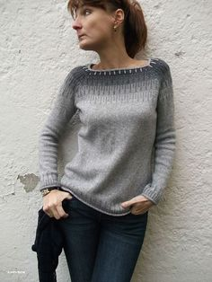Inspired by Bohus knitting, Cliff is the modern way to wear colorwork. Worked in the traditional way from the top down, it's a straightforward knit for those wi Sweater Knitting Patterns, Knitting Designs, Knit Patterns, Knitting Projects, Fair Isle Knitting, Hand Knitting, Ravelry, Use E Abuse, Pulls