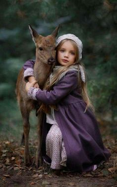 When you know you belong in a Fairy Tale. – Animal Wallpaper And iphone Animals For Kids, Baby Animals, Cute Animals, Precious Children, Beautiful Children, Children Photography, Animal Photography, Family Photography, Fashion Photography