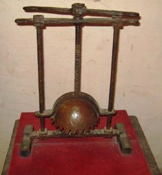 Head Crusher Torture Devices-Extremely inventive with names, the head crusher (much like the breast ripper and knee splitter) did exactly what it was called. The chin sat on the bottom rung, the head under the cap, and the turning of the screws would result in a very disgusting death – brains seeping out of the popped eye sockets, crushed teeth and bones, and mutilated remains.