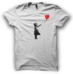 Hey, ho trovato questa fantastica inserzione di Etsy su https://www.etsy.com/it/listing/186055687/banksy-girl-with-balloon-t-shirt