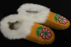 $129.95 SIZE 9 - WOMEN'S MOOSE HIDE AND WHITE RABBIT FUR MOCCASINS - WITH PEARL PINK, RED, GREEN FLORAL BEADED FLORAL DESIGN. Visit our site for more Moccasisns - www.kitigan.com