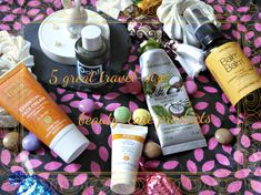 Going on holiday or a long weekend? Visit my website for great organic travel-size beauty products recommendations! :)