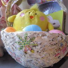 Eco-friendly Easter Basket LINK: http://jenniferperkins.com/2010/04/i-love-to-create-a-tisket-a-tasket-a-recycled-easter-basket/