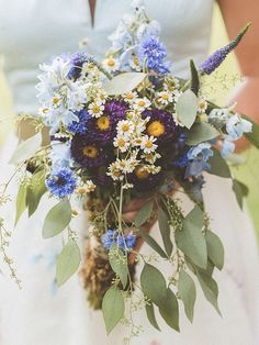 Purple Wedding Flowers Boho-chic wildflower wedding bouquet - In a world full of roses, be the wildflower. Wedding Flower Guide, Daisy Wedding, Purple Wedding, Floral Wedding, Wildflowers Wedding, Wedding Flower Inspiration, Spring Wedding Bouquets, Red Bouquet Wedding, Wildflower Wedding Bouquets