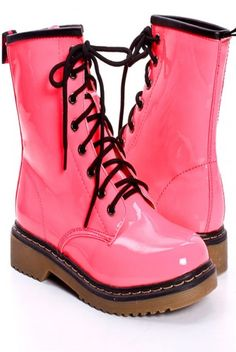 PINK PATENT LEATHER COMBAT BOOTS
