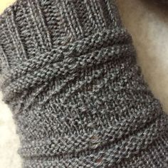 """Übersetzung """"Gansey Socks"""" – Klick Klack hat for women drops design Loom Knitting, Knitting Socks, Knitted Headband, Knitted Hats, Mesh Socks, Goddess Braids, Patterned Socks, Liner Socks, Colorful Socks"""