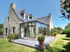 The veranda illuminates the interiors! - Trendy Home Decorations Style At Home, Solarium Room, Extension Veranda, Stone Houses, House Extensions, Trendy Home, Glass House, My Dream Home, Porches