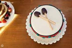 Resultado de imagem para cupcake em formato de tambor
