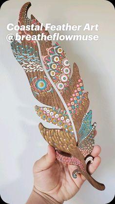 Diy Crafts For Adults, Diy Arts And Crafts, Vertical Garden Design, Trash Art, Feather Art, Found Art, Eclectic Decor, Nursery Decor, Landscaping Design