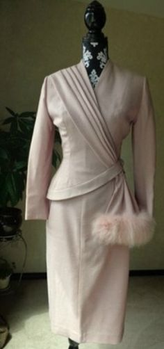 Late 1940s Assymetrical Hour Glass Suit by Lilli Ann. - Loretta Fashion Consultant