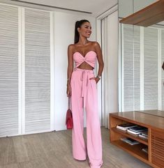 Stylish and Comfortable Pants Dresses Ibiza Outfits, Casual Summer Outfits, Night Outfits, Trendy Outfits, Dress Outfits, Fashion Outfits, Summer Dresses, Pink Fashion, Dress Shoes