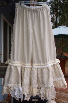 Lucky Penny Wear- Linen and lace bloomers. Wintage doily trim ruffles.