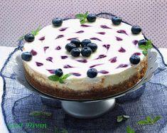 .: Cheesecake inimos cu sos de afine